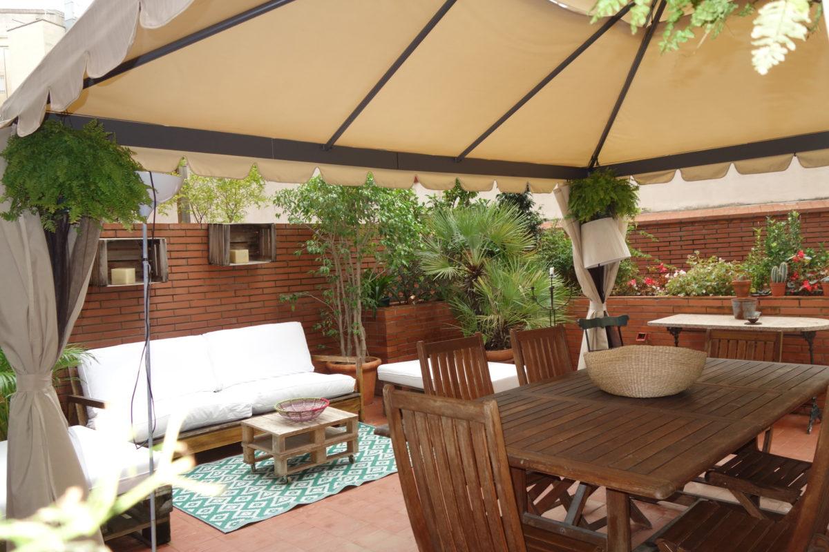Piso en Sarría con gran Terraza, piscina