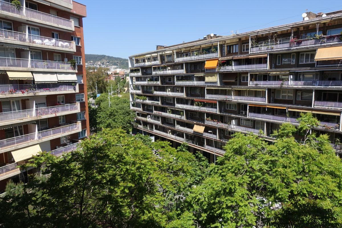Gran piso de 4 habitaciones  en la zona L´illa Diagonal