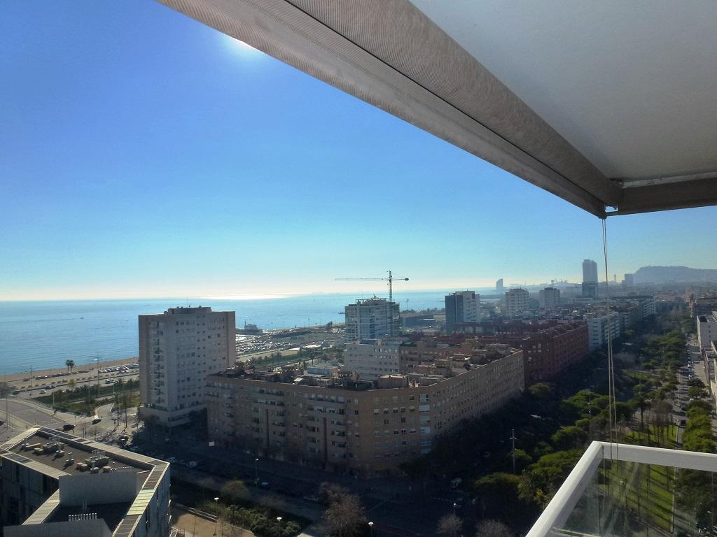 Alquier en Diagonal Mar / Barcelona