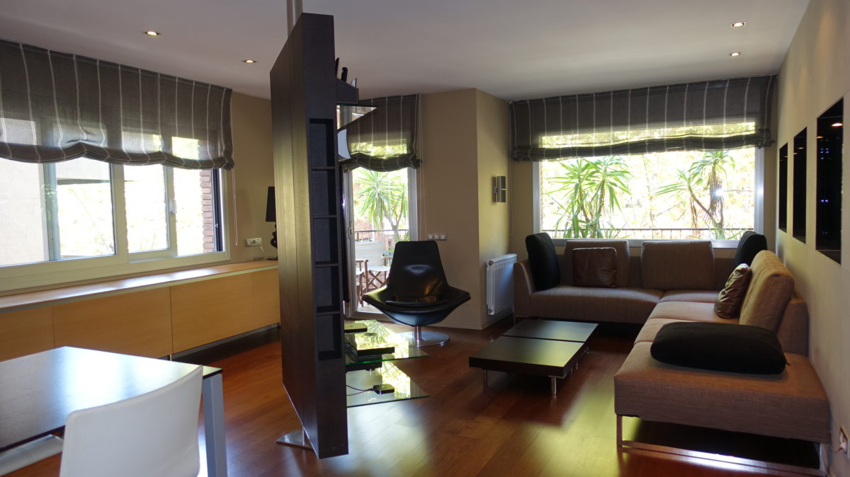 Alquiler  Dorcor Roux, Amueblado, Tres Torres
